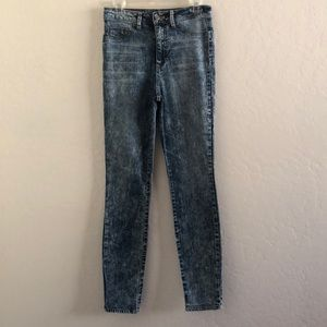 High waisted acid wash skinny jeans